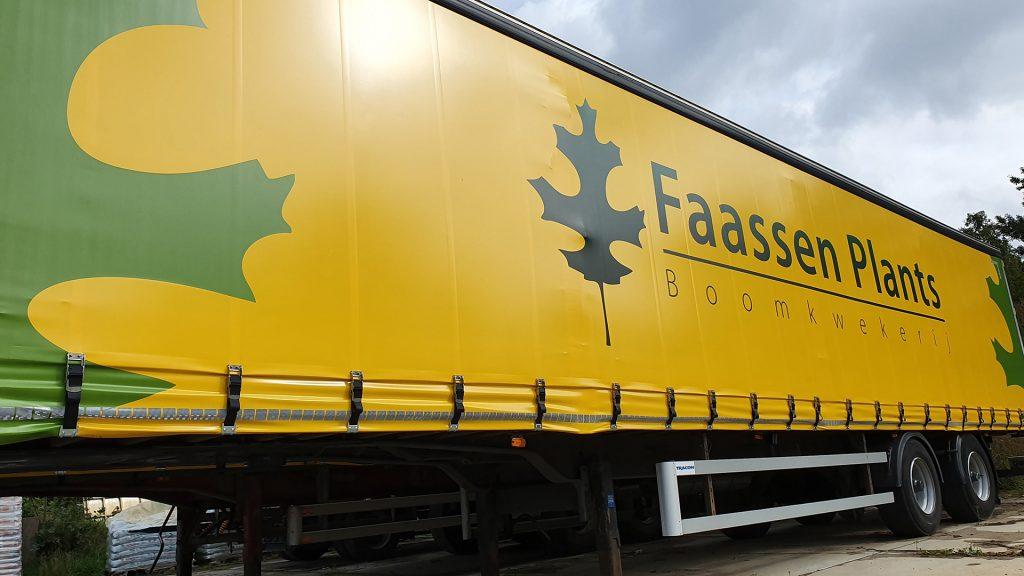 trailer-plants.jpg